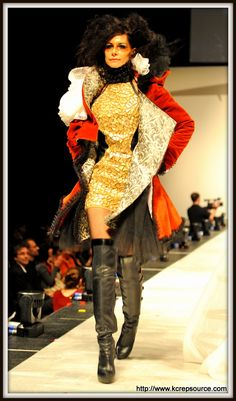 Product Runway designer/model from HOK wearing Clarus Glassboards fabric; sponsored by KC Rep Source.