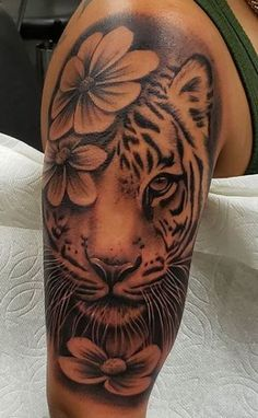 Dope Tattoos For Women, Black Girls With Tattoos, Shoulder Tattoos For Women, Badass Tattoos, Sleeve Tattoos For Women, Tattoo Women, Black Girl Tattoo, Thigh Tattoos For Women, Tattoos For Girls