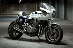 'Old Spirit' Honda CB750 by Ruleshaker Motorcycles ~ Return of the Cafe Racers