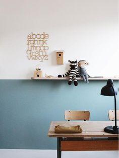 Half high and teal. A beautiful wall in the child's room. Informations About Halb hoch und blaugrün. Eine schöne Wand im Kinderzimmer. Deco Kids, Kids Room Paint, Room Kids, Boys Bedroom Decor, Bedroom Toys, Bedroom Art, Trendy Bedroom, Kid Desk, Kid Spaces