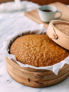 Ma Lai Go Chinese Steamed Cake is a fluffy brown sugar sponge cake typically found on dim sum carts in Southern China and Hong Kong. Bamboo Steamer Recipes, Steam Cake Recipe, Cake Recipes, Dessert Recipes, Steam Recipes, Steamed Cake, Vanilla Pudding Mix, Asian Desserts, Chinese Desserts