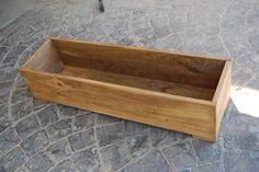 Maceta barnizada y pintada. Para tus plantas #madera #artesanal #diseño #interior #exterior #decoracion #wood