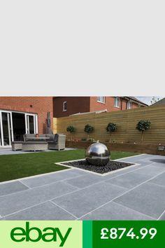 Trendy patio paving ideas with lights 34 ideas Garden Slabs, Garden Tiles, Patio Slabs, Patio Tiles, Garden Paving, Flagstone Patio, Brick Patios, Concrete Patio, Pergola Patio