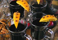 Hot Wine / Vin Fiert :: Romanian Food Recipes Sicilian Recipes, Turkish Recipes, Greek Recipes, Romanian Recipes, Romania Food, Good Food, Yummy Food, Scottish Recipes, Gordon Ramsey