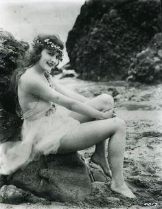 Vintage mermaid hair
