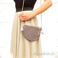Ledertaschen - Leder-Täschchen/Ledertasche/Echtledertasche*LENA* - ein Designerstück von Alpenkaetzle bei DaWanda