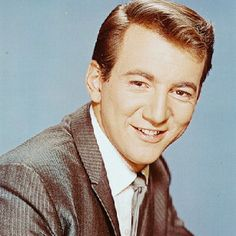 Bobby Darin--always liked him. Such a showman! Great American Songbook, Bobby Darin, Sandra Dee, Teen Movies, Photo Tutorial, Celebs, Celebrities, Movie Stars, Actors & Actresses