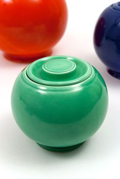 The shape of this jar is very appealing. Now if only the cats were less evil, and I could actually USE such a thing. Original Green Fiesta Kitchen Kraft Small, Ball Jar, Covered Jar Fiestaware Pottery For Sale
