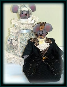 """Linda Walsh Originals Dolls and Crafts Blog: The Dolls Product Lines Series - """"Keep Me Squeaking, Phebe! and Stop Mousing Around, Reginald!"""" Victorian Animal Mouse Art Dolls Products"""