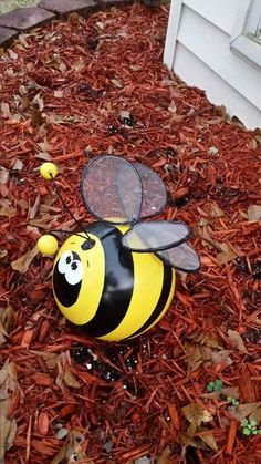 Bumble bee bowling ball                                                                                                                                                      More