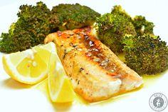 Für alle Fischliebhaber ist das Rezept für den Honig-glasierten Lachs mit geröstetem Brokkoli genau das richtige. Süß, sauer, Röstaromen. LECKER!