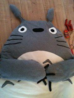 Totoro beanbag diy