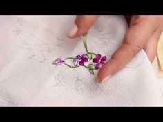 Wonderful Ribbon Embroidery Flowers by Hand Ideas. Enchanting Ribbon Embroidery Flowers by Hand Ideas. Simple Embroidery, Rose Embroidery, Learn Embroidery, Silk Ribbon Embroidery, Embroidery For Beginners, Hand Embroidery Patterns, Embroidery Techniques, Blackwork Embroidery, Embroidery Stitches