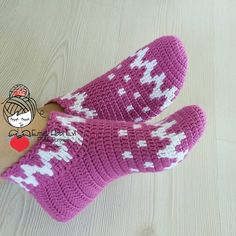 Diy Crafts - 404 Not Found - This page has been removed Crochet Bow Pattern, Crochet Bows, Vintage Crochet Patterns, Crochet Slippers, Knitting Patterns, Gilet Crochet, Crochet Ripple, Knitting Socks, Baby Knitting
