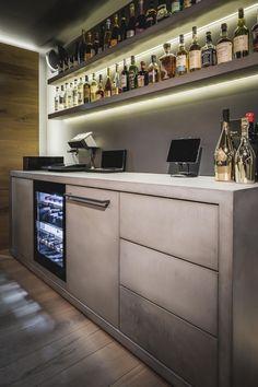 Home Bar Rooms, Home Cinema Room, Modern Home Bar Designs, Modern Bar, Man Cave Room, Man Cave Home Bar, Classy Man Cave, Modern Man Cave, Game Room Bar