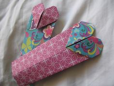 Valentine origami bookmarks