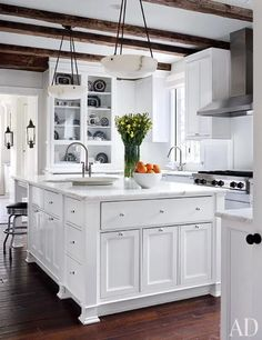 gorgeous white kitchen in a home by interior designer Darryl Carter and architect Donald Loccoco, featured in Architectural Digest Tidy Kitchen, Rustic Kitchen, New Kitchen, Kitchen Dining, Kitchen Decor, Kitchen Cabinets, White Cabinets, Kitchen Ideas, Kitchen Designs