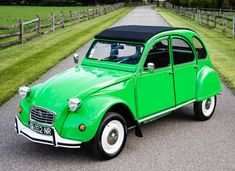 Bid for the chance to own a 1978 Citroen at auction with Bring a Trailer, the home of the best vintage and classic cars online. Bus Engine, Preppy Car, 2cv6, Auto Retro, Pink Cadillac, New Tyres, Small Cars, Classic Cars Online, Old Cars