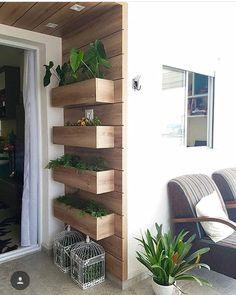 Find the most inspirational DIY home decor ideas for your balcony here. Condo Balcony, Small Balcony Decor, Balcony Design, House Plants Decor, Plant Decor, Diy Balkon, Vertical Planter, Vertical Gardens, Garden Furniture