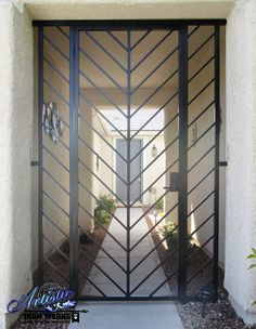 Modern Wrought Iron Gates Entry Gate Style Entryway Model Beautiful Security Front Door For Home Wrought Iron Security Doors, Wrought Iron Doors, Security Gates, Window Security, Metal Gates, Front Gate Design, Iron Front Door, Window Grill Design, Modern Entryway