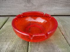 Viking Glass Persimmon Crackle Glass Ashtray by Catsandclover on Etsy