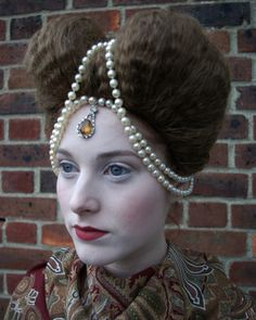 Elizabethan Wig and Make Up
