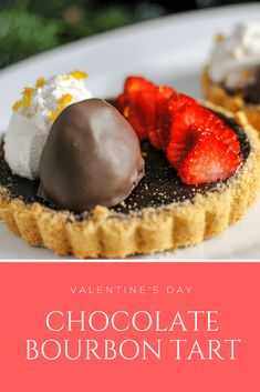Chocolate Tarts are the perfect bourbon dessert for a romantic dinner for your Valentine's Day! Topped with fresh strawberries and vanilla whipped cream! Whiskey Chocolate, Coconut Hot Chocolate, Chocolate Pastry, Homemade Chocolate, Chocolate Recipes, Chocolate Tarts, Great Desserts, Delicious Desserts, Dessert Recipes