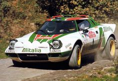 Lancia Stratos Rally Car A Historic Rally Video with natural sound. Cool Sports Cars, Sport Cars, Race Cars, Motor Sport, Subaru Rally, Rally Car, Auto Retro, Retro Cars, Top Gear