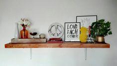 Shleves decoration, living room