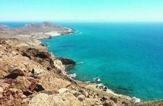 Tras las playas de Cabo de Gata  ... Recordando un viaje muy especial por el sur de España ... #rinconviajero  #peruana #travel #travelblogger #instatravel  #bestoftheday #travelgram  #awesome_earthpix  #iamtb  #españa #igerspain #igersespana #instaespaña  #ig_españa #ig_andalucia #estaes_españa #instatravel  #ok_andalucia  #españaturismo #ig_today #shotoftheday  #landscape_captures #repost by rinconviajero