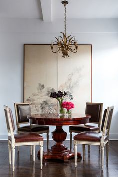 The dining room in Jared Seligman's New York apartment | archdigest.com