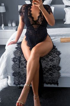 We're willing to bet that your closet is just crying out for our new stunning lingerie. This is a black, short sleeve, deep v neck, evening wear lingerie. This long lingerie is made from chiffon Lingerie Outfits, Lingerie Dress, Pretty Lingerie, Sexy Outfits, Sexy Lingerie, Fashion Outfits, Lingerie Accessories, Haut Bikini, See Through Dress