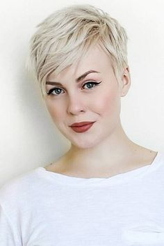 Sporty Pixie Cuts Hair Style Ideas 35