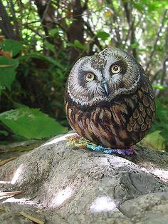 Hand-painted-rock-owl