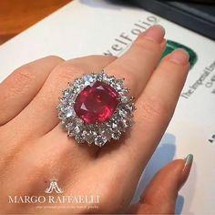 15 cts Unheated Burma Ruby  #RedHotRuby Bayco Jewels Captured by @hernameismargo  @baycojewels #jewelryjournal