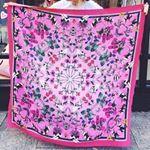 Silken Favours - Silk Scarves, Silk Cushions, Silk shirts, Silky things