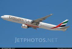 Photo of A6-EGO Boeing 777-31HER by Dennis Schramm