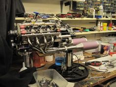 Model Enthusiast Makes His Own Functioning 1/4 Scale V8 Engine With Electronic…