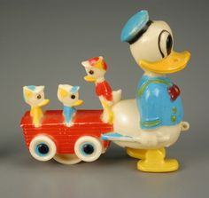 Donald Duck and Nephews Walking Toy