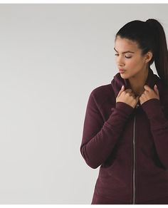 Scuba Hoodie III: our classic hoodie has ribbed panels for freedom of movement and a long length for bum coverage.
