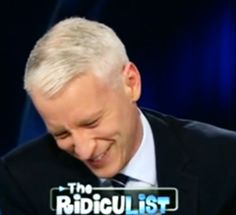 Anderson Cooper Should Never Apologize For His Cute Giggle Fits (VIDEO)