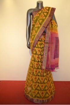 Exclusive Pure Silk Cotton Saree With Designer Zari Border Brand: Janardhan silks Product Code: AC210102 Price: ₹4,350 #weddingsaree#Kanchipuram #Kanjivaram #Kanjeevaram#Ethnicwear#Beautiful Saree #indianwedding #bridalsarees #partywear #ethnicsarees #onlineshoppingSarees #Sareelove #uk #usa #canada #traditionalsarees#elegantsarees