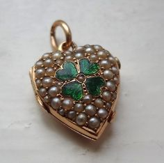 ANTIQUE VICTORIAN 9CT GOLD HEART LOCKET GUILLOCHE ENAMEL SEED PEARL PHOTO LOCKET