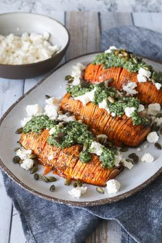 Potato Gnocchi with Mushrooms and Feta Veggie Recipes, Vegetarian Recipes, Healthy Recipes, Pesto, I Love Food, Good Food, Hasselback Sweet Potatoes, Greens Recipe, Healthy Side Dishes