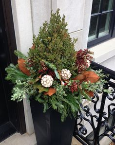 Winter Decor, Christmas, containers, seasonal, gardening, landscaping