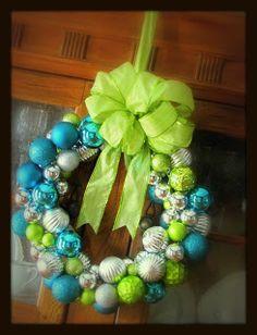 the narretto family: DIY ornament wreath