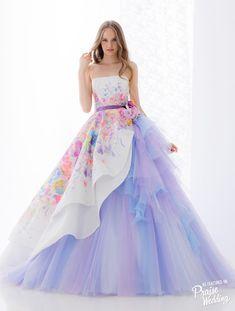 Pin de gabi dias em moda dresses, gowns e prom dresses Quinceanera Dresses, Prom Dresses, Formal Dresses, Wedding Dresses, Fantasy Dress, Beautiful Gowns, Gorgeous Dress, Dream Dress, Pretty Dresses