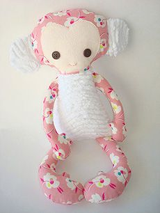 use minky fabric for ears and belly! I am making these for my grandkids for Valentines.