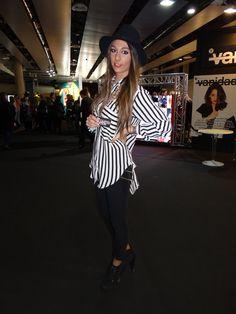 STREET STYLE at @Mercedes-Benz Fashion Week Madrid. Si tienes un blog de estilo y quieres salir en nuestra revista, escríbenos a mailto:info@theun... #backstage #moda #desfiles #fashion #catwalk #designers #mode #diseñadores #coolhunter #magazine @theunlimiteds http://www.theunlimitededition.com/moda/street-style