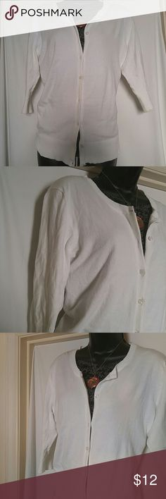 MERONA Button Front Sweater White. 3/4 Sleeve XL This MERONA Button Front sweater is white and size XL, with 3 /4 Sleeves.  This MERONA sweater is in excellent condition. Merona Sweaters Cardigans